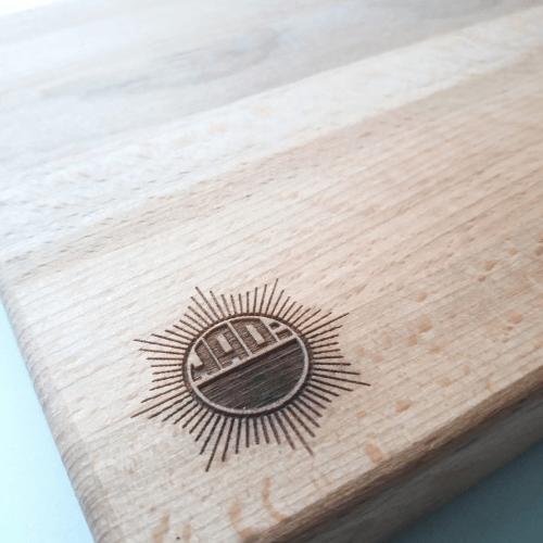 kaasplank-puur-hout-logo